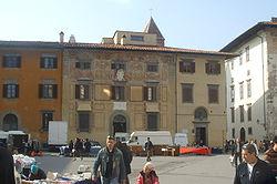 Palazzo del Collegio Puteano accanto alla chiesa di San Rocco